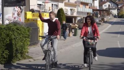 KAMPANJA NA BICIKLU Ovako je Draško pobedio Dodika! (VIDEO)