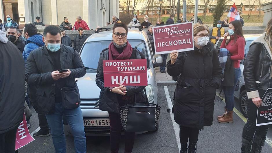 Protest privrednika FOTO: Direktno.rs