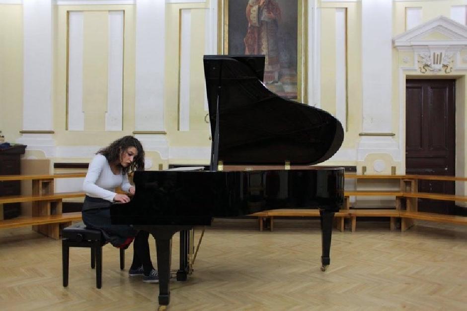 Za klavirom, Foto: Direktno.rs