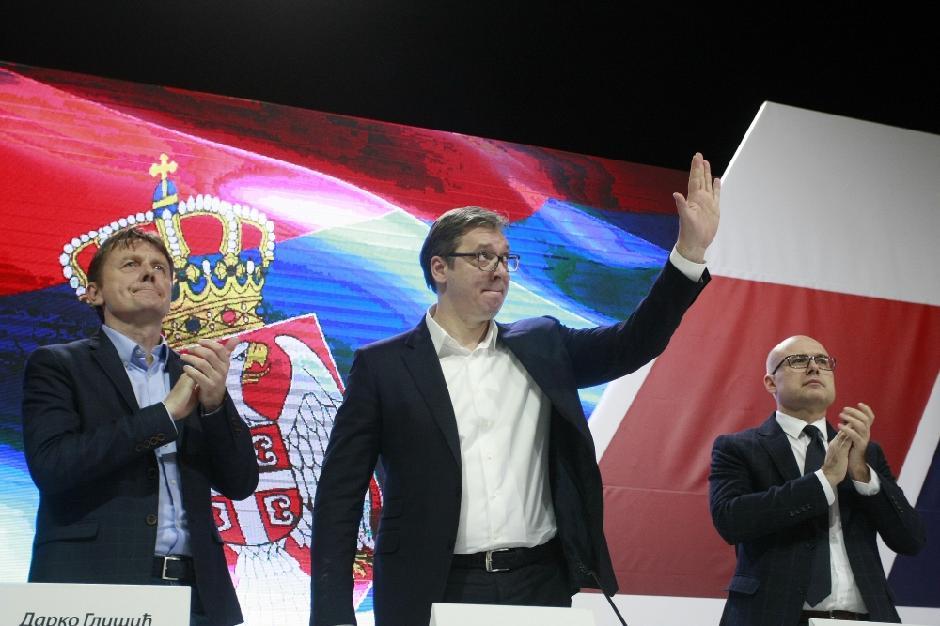 SNS glavni odbor: Vučić, Glišić, Vučević FOTO: ATA images