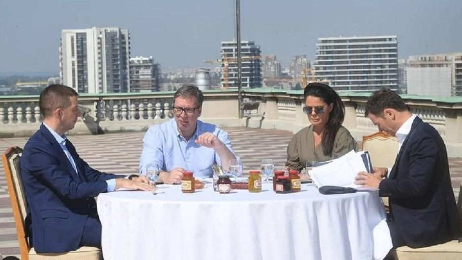 Marko Đurić, Aleksandar Vučić, Suzana Vasiljević i Siniša Mali FOTO: Printscreen/Instagram