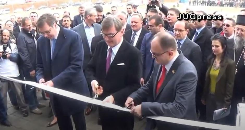 Vučić na otvaranju fabrike Geox FOTO: Printscreen