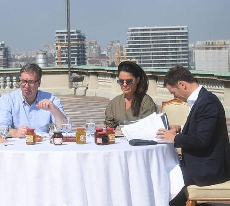 Vučić, Mali i Suzana Vasiljević FOTO: Instagram
