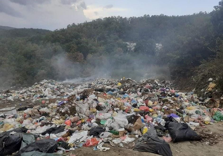 Ovako se zagađuje voda u selu kod Kuršumlije FOTO: Direktno.rs