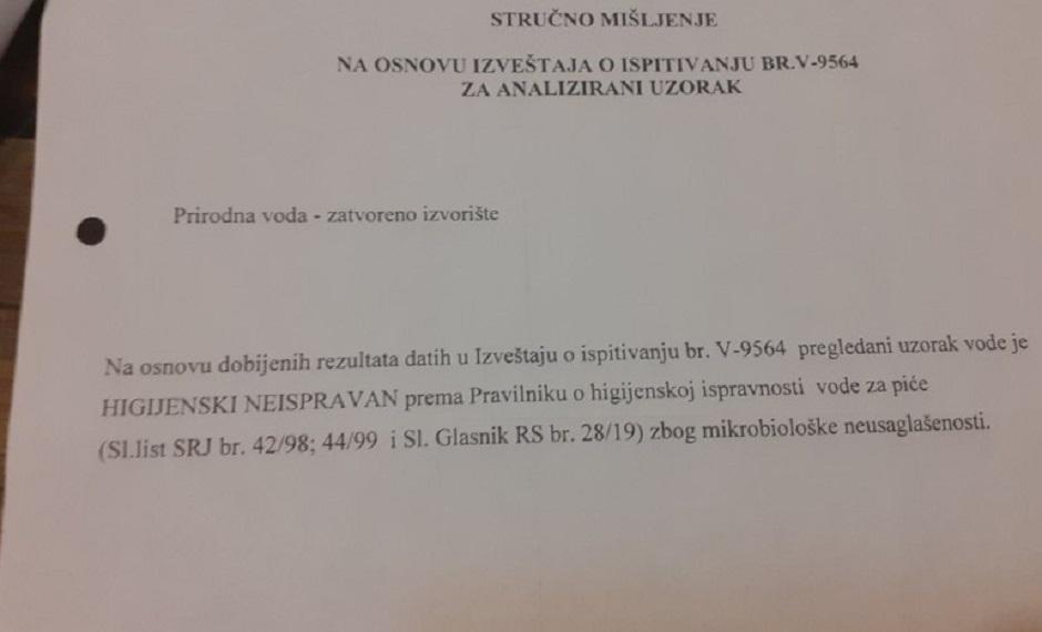 Dokaz da voda nije za piće FOTO: Direktno.rs