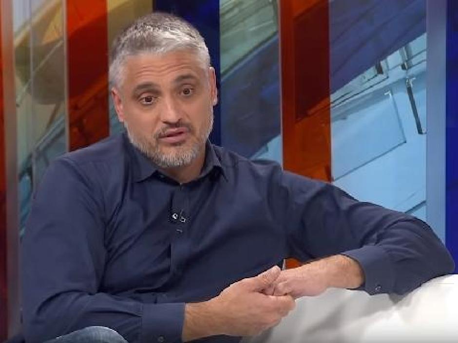 """Čeda Jovanović izašao iz bolnice, kaže da ga je bolest """"razbila ..."""