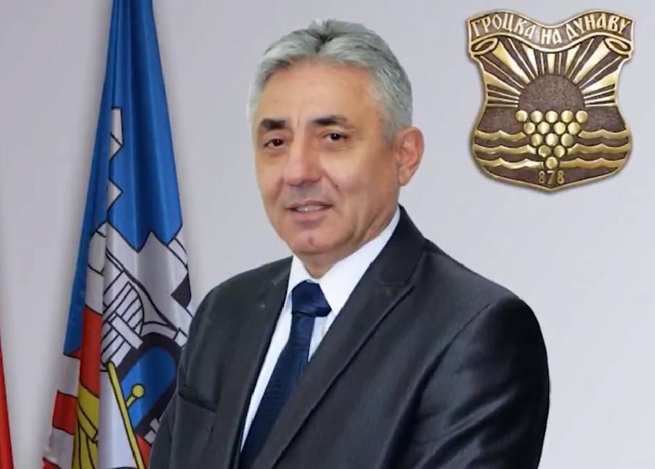 Dragoljub Simonović kao predsednik opštine Grocka Foto: Printscreen