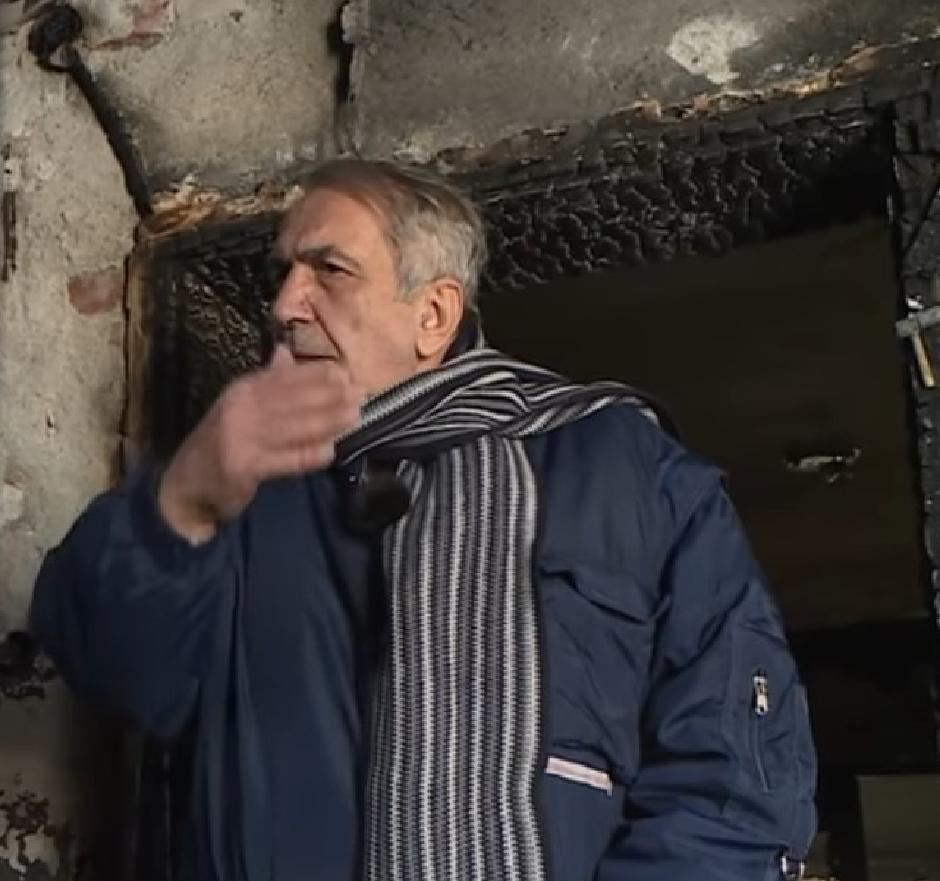 Novinaru Milanu Jovanoviću zapaljena kuća u Grockoj FOTO: Printscreen/Youtube